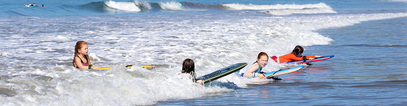 Children's surfing lessons in Costa Rica