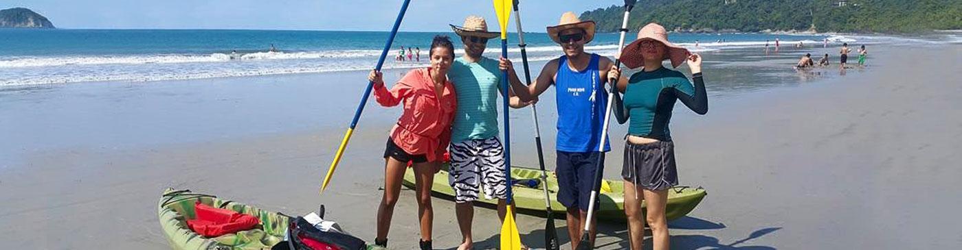 Exploring the coast with a Costa Rica kayak tour
